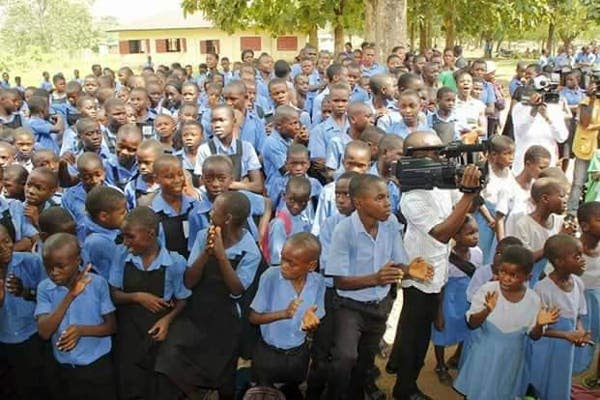 Large TurnUp In Enugu As School Students Resumes
