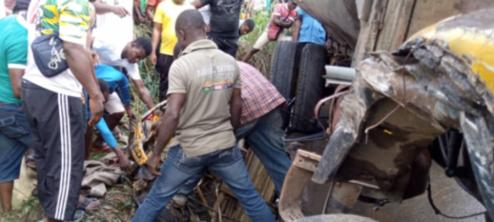 Water Tanker Crushed A Tricycle In Anambra