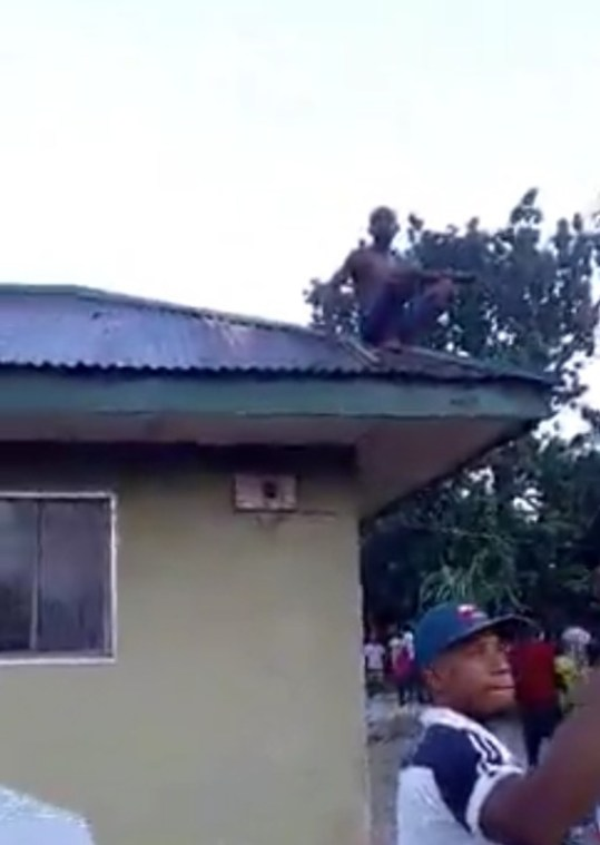 Wizard Returning From Witches Gathering Run Out Of Fuel, Crash Lands On Roof Top (Video)