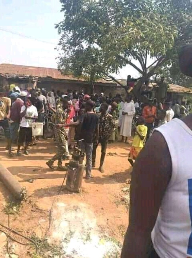 Vulcanizer Who Deals In Human Parts Arrested, Many Human Parts Found On Him (Graphic Photos)