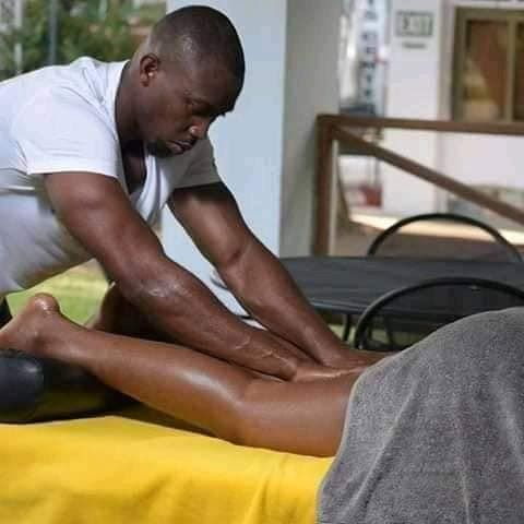 HEY GUYS!! Can You Allow Another Man Do This To Your Woman/Babe?