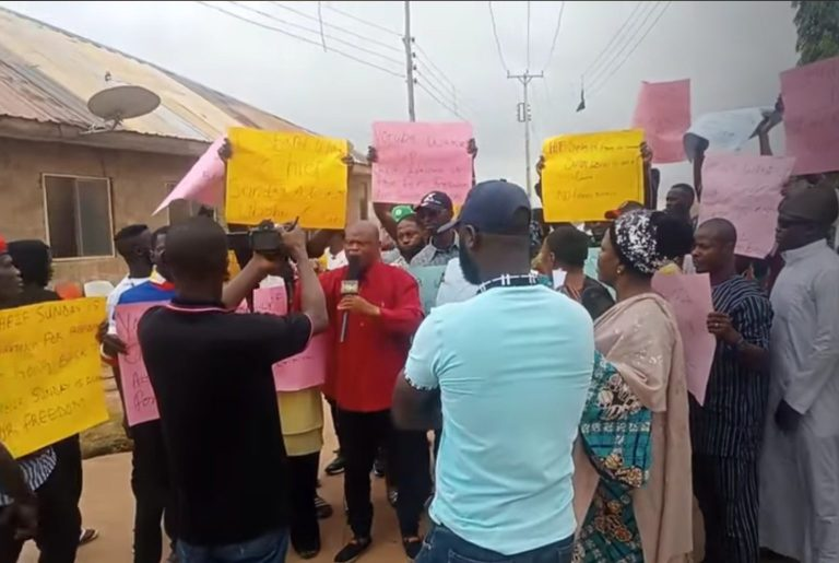 BREAKING: Protest rocks Ibadan over Sunday Igboho's detention