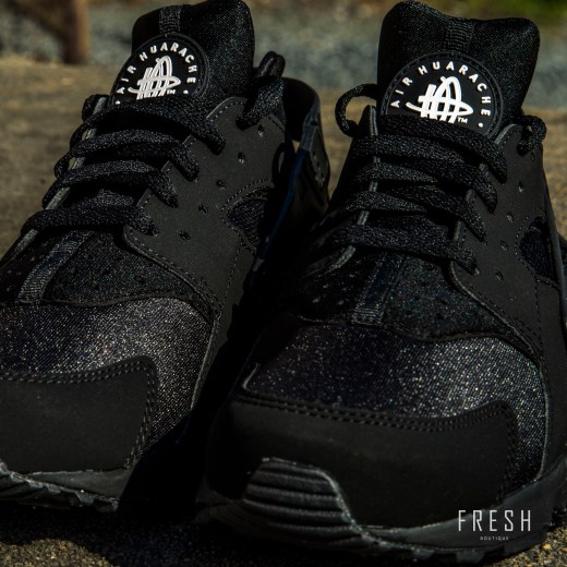 Nike Air Huarache Black 2