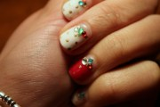 white moon shape nails - nail