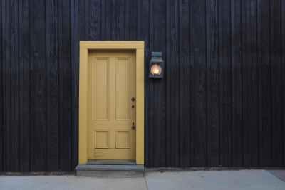 Mark_Door_1