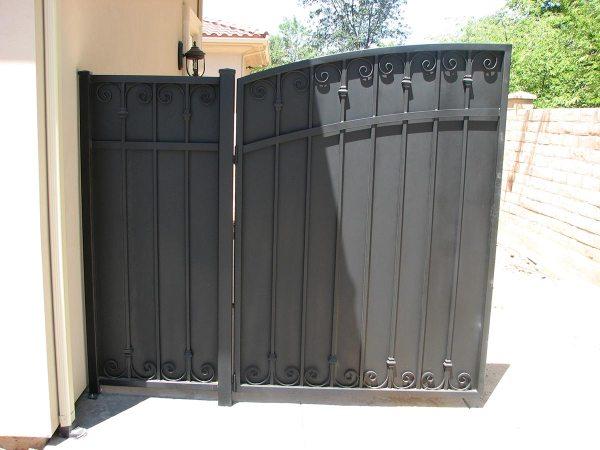 Side Yard Gates - Fresno Fence Connection