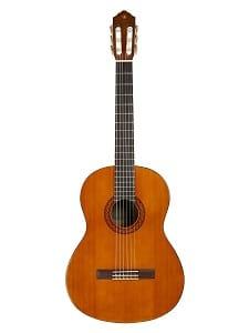 Yamaha CGS104A Full-Size Classical Guitar Bundle