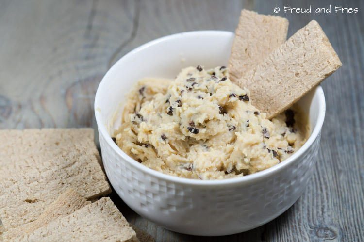 De populaire chocolate chip cookie dough dip | Freud and Fries