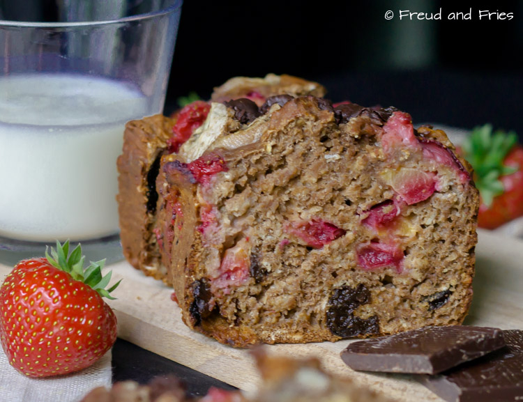 Chocolade fruit oatmeal cake | Freud and Fries-6