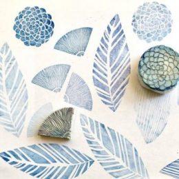stempel floral blau