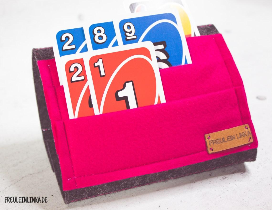 DIY Freebook Spielkartenhalter für Kinder nähen von freuleinlinka.de