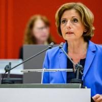 """Stuttgart/Frankfurt – Polizei sollte Weg der Deeskalation gehen – Satire oder meint """"Malu"""" das im Ernst?"""