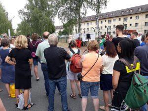 Die Organisatoren der Bamberger Mahnwache Asyl brachten in mehreren Redebeiträgen ihren Protest gegen die AnkER-Zentren zum Ausdruck.