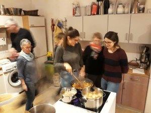 Interkulinarisches Kochen = Action in der Küche