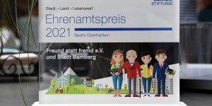 Freund statt fremd erhält Ehrenamtspreis 2021 für Oberfranken der Stiftung der Bayerischen Versicherungskammer.