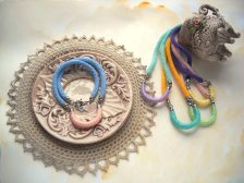 Girocollo MilleGiri basic - Collezione Pastello Primavera 2016 by FridaWer