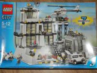 Lego City Police station 7237 in Lewes   Friday-Ad
