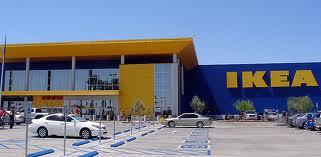 500 Days of Summer IKEA Reenactment