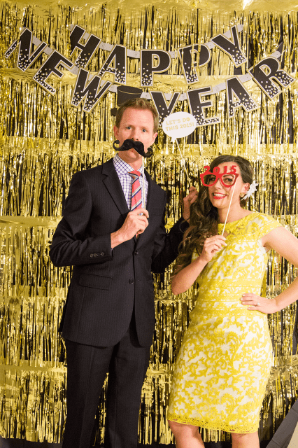 How to host The Perfect NYE Party: the formula that will ensure the perfect night to kick off the New Year with a party you can throw together in no time!