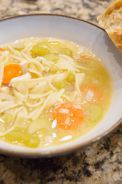 Slow Cooker Easy Chicken Noodle Soup Recipe