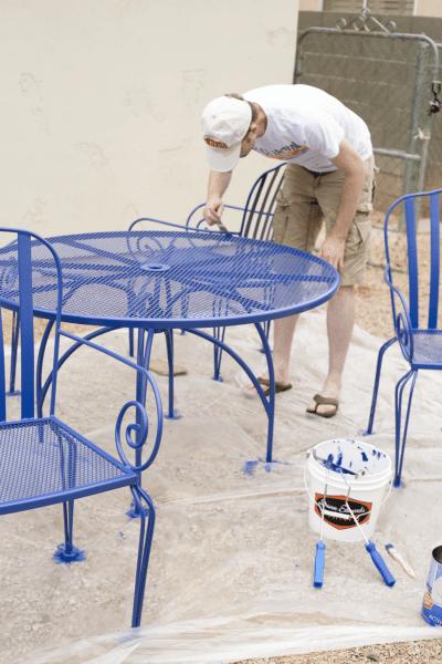 Easy DIY Backyard Patio Furniture Transformation