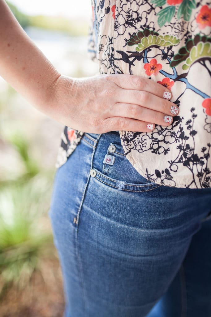 The Best Jeans For Women that Changed Me From a Blue Jean Hater to a Blue Jean Lover- and All on Sale!