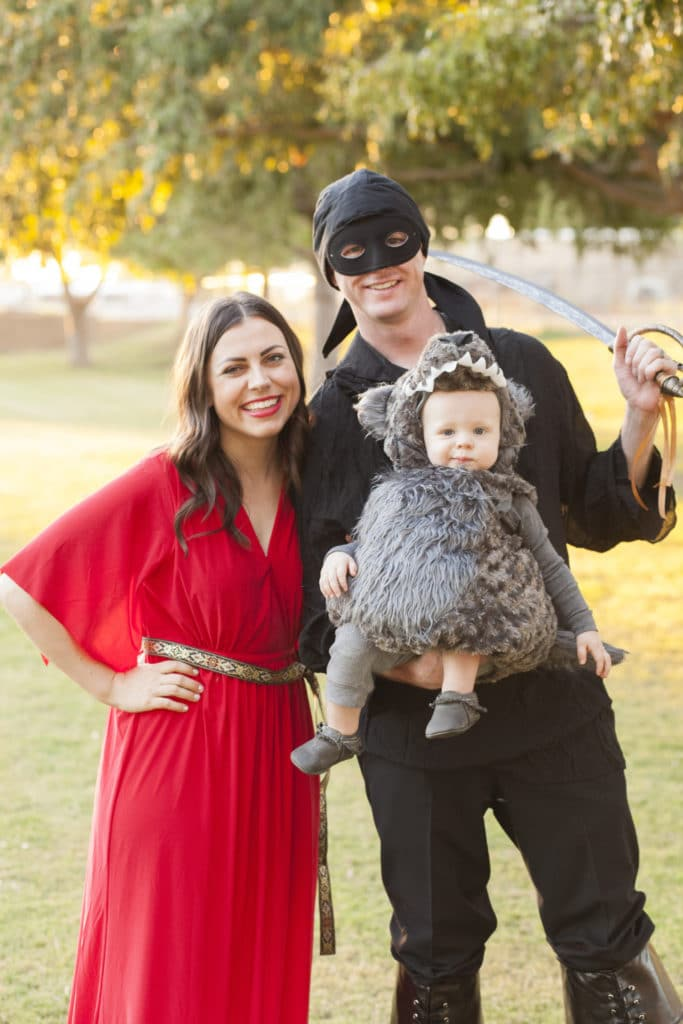 Halloween Costumes For Couples And Baby.Couple Costume Ideas 150 Creative Couple S Halloween Costume Ideas