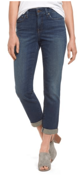 Best Jeans for women that flatter all body types and turn non-blue jean wearers in to jean obsessed fans!