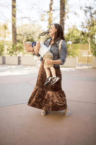 Stylish Mom Outfits- and My Favorite Shopping with Kids Hack!