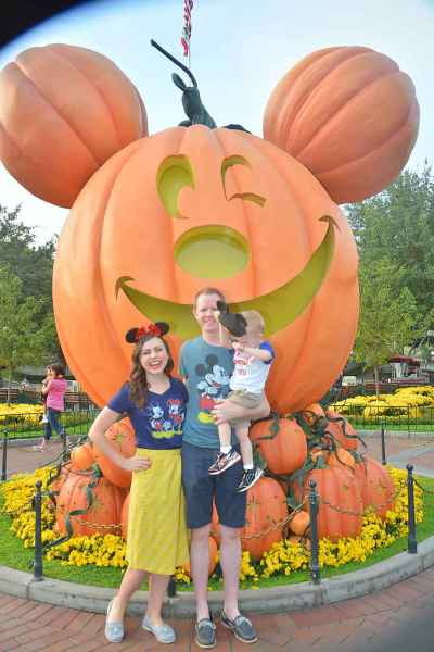Disneyland at Halloween Time- 8 Reasons Why It's The Best Time to Go