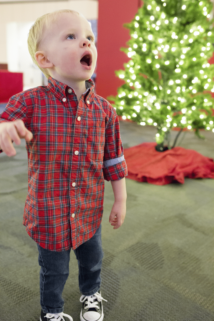 Capturing holiday outfits and Christmas fun with toddlers. How to make the season merrier and capture those toddler moments this holiday season!