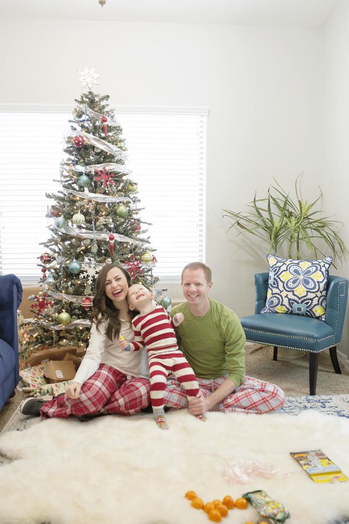 Christmas on a budget and a free Christmas holiday budgeting tool