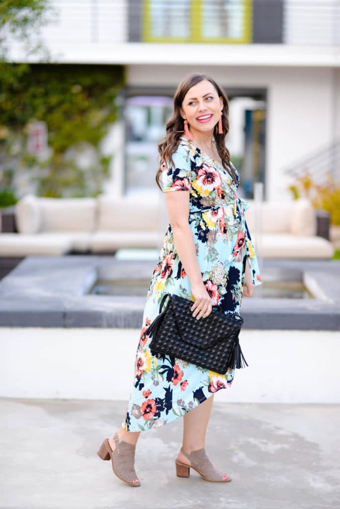 Cute maternity clothes stores