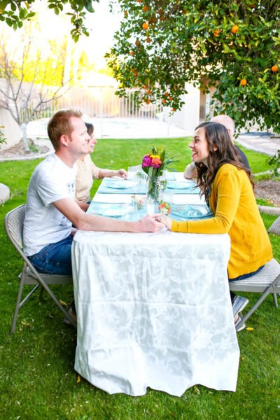 Outdoor spring potluck picnic party: tips for hosting the perfect group date!