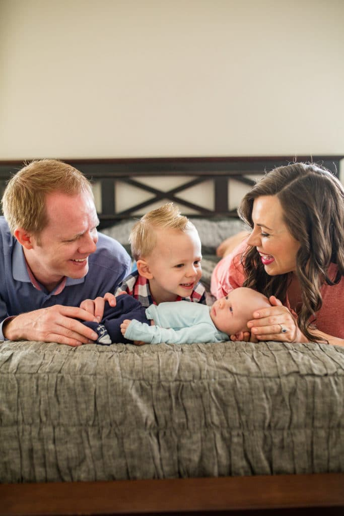 Family newborn photo shoot