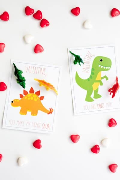 Dinosaur Valentine printable: easy free printable valentines cards you can make in no time!