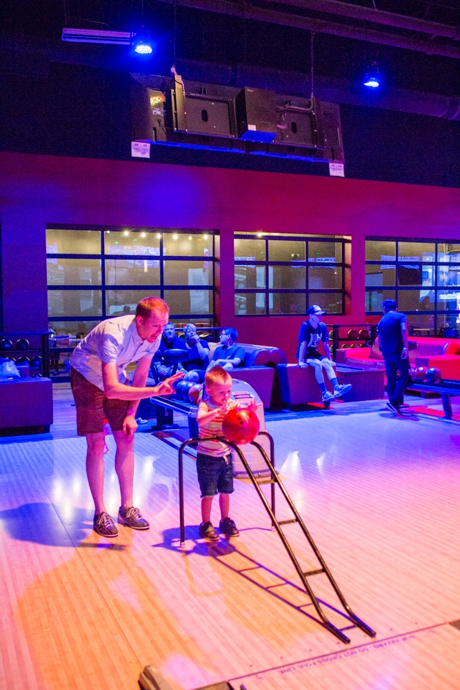 Bumper bowling family date