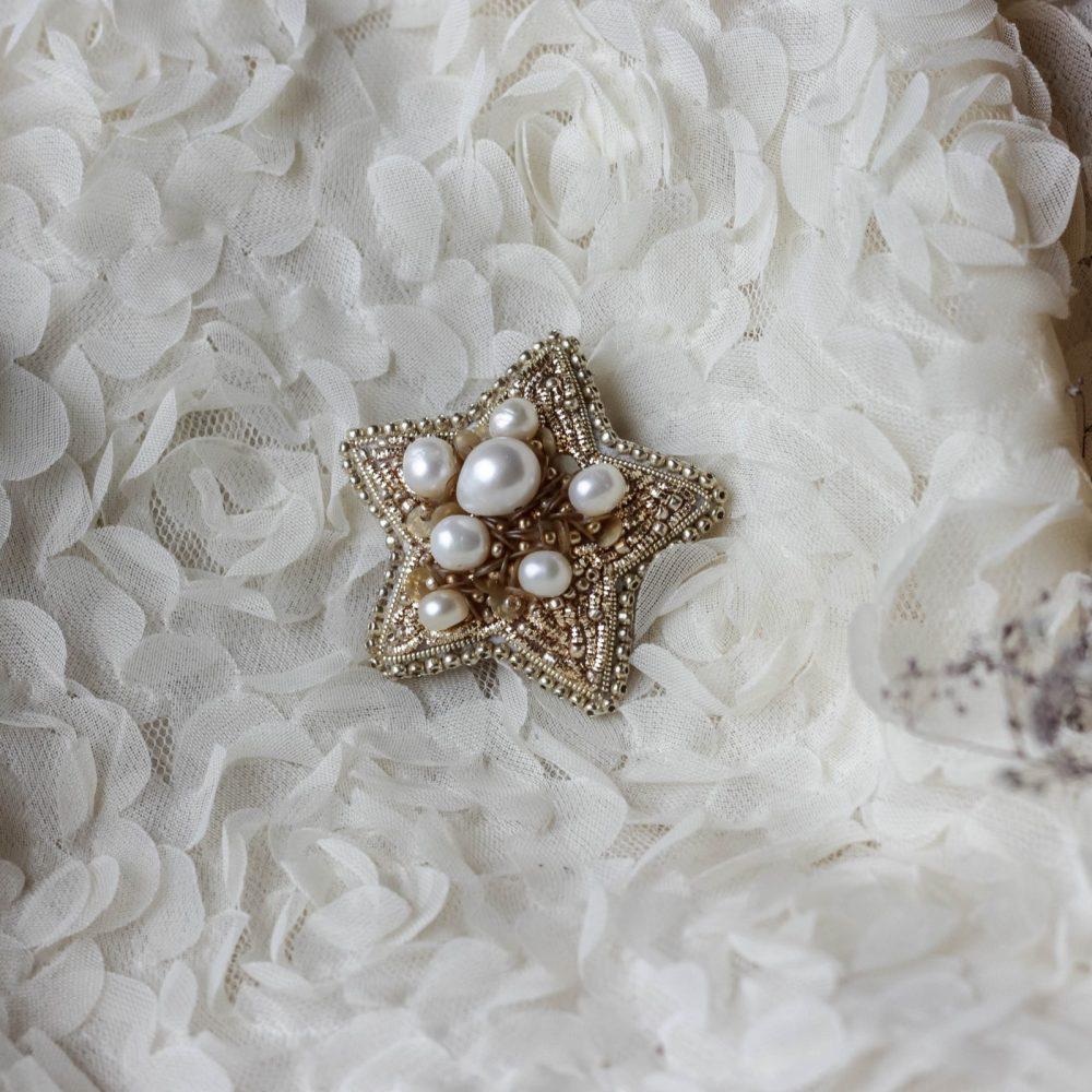 брошь друза жемчуг украшение аксессуар звездочка кутюр
