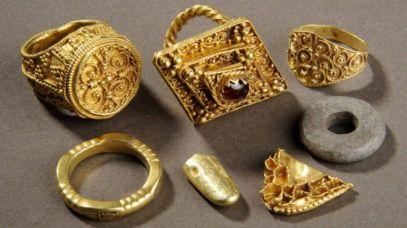 Anglo-SaxonTrinkets