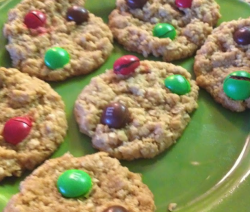 Gingerbread M & M's Oatmeal Cookies Recipe