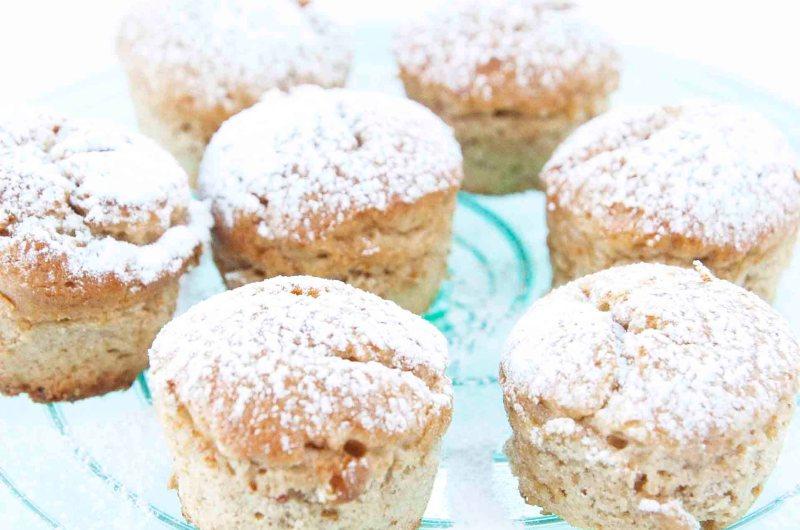 Små veganske bananmuffins uten gluten