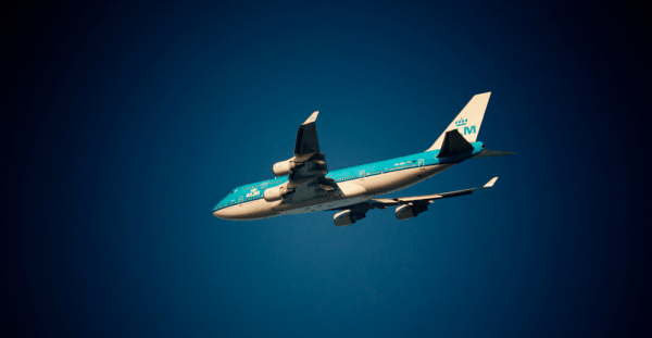 Airplane_in_the_sky___Flickr_-_Photo_Sharing_