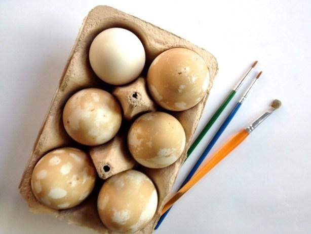 Au naturel Easter eggs