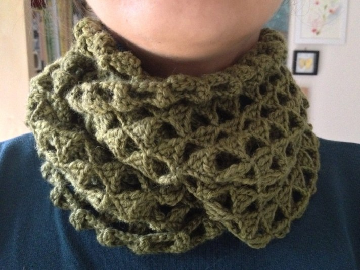 triangle crocheted infinity scarf