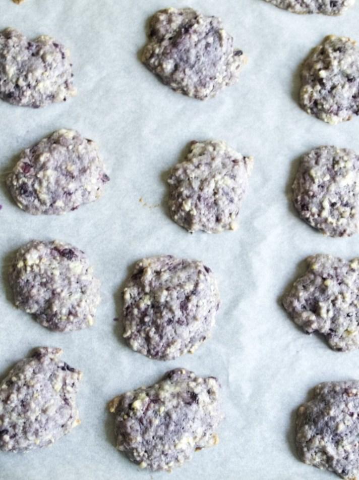 Blackberry breakfast biscuits recipe