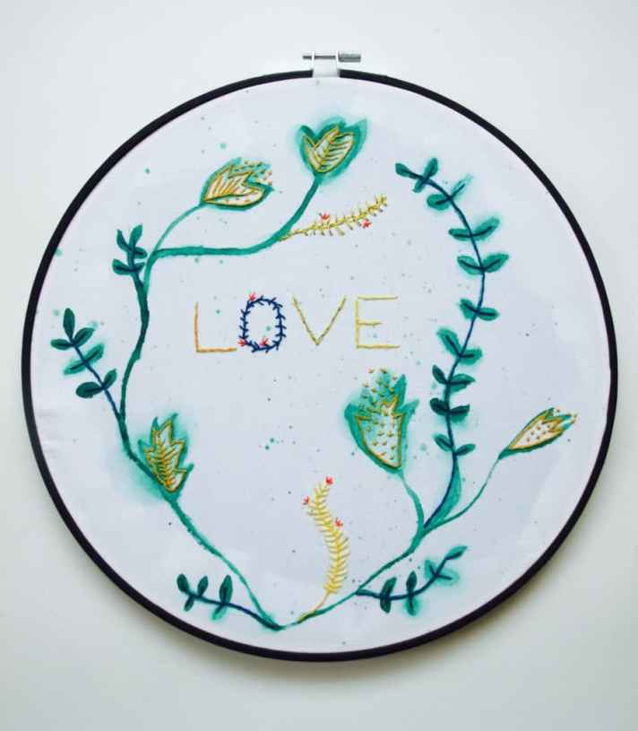 Embroidery and watercolour art DIY