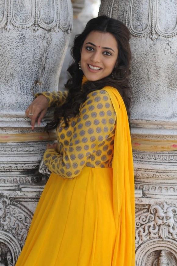 Nisha Agarwal (1)