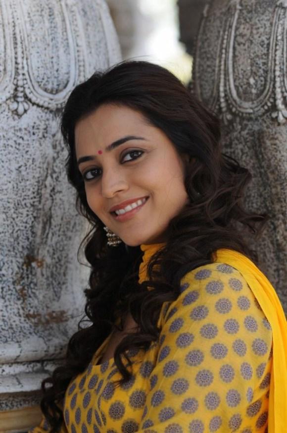 Nisha Agarwal (5)