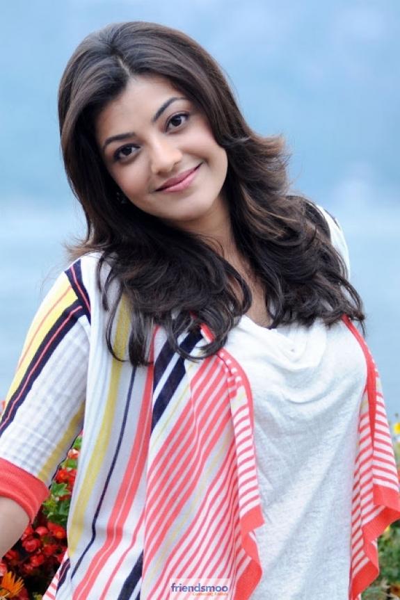 Kajal Aggarwal - Friendsmoo (3)