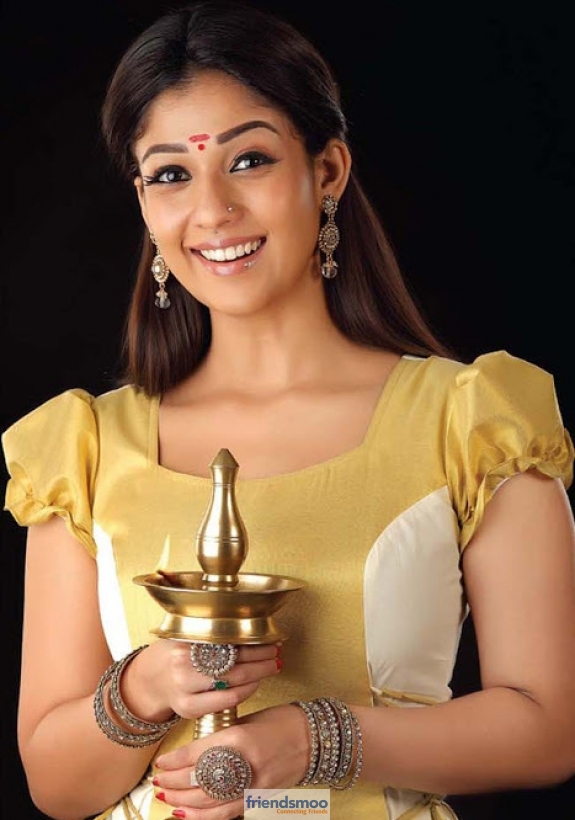Nayanatara - Friendsmoo (1)
